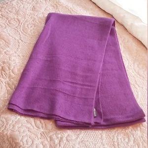 EDDIE BAUER purple cashmere scarf